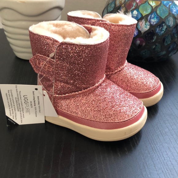 444e4a1f23a Baby Keelan Pink Glitter Shearling Boot New 2/3 NWT